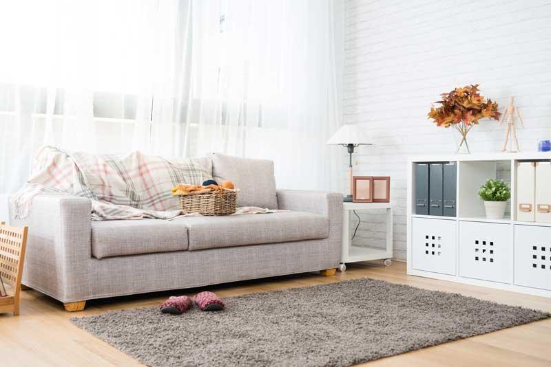 decoración con alfombras en otoño