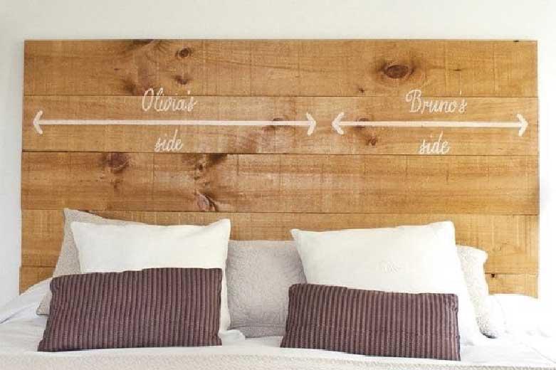 cabecero de la cama con palés de madera